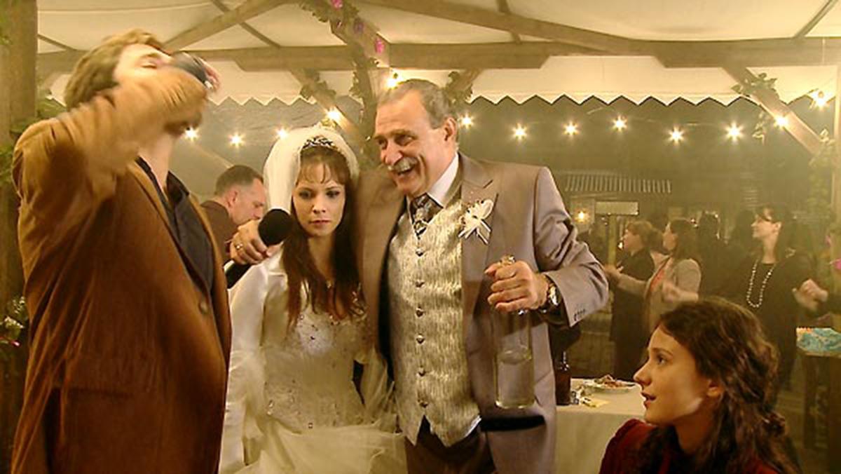 Honeymoons : Photo Jelena Trkulja, Lazar Ristovski, Nebojsa Milovanovic