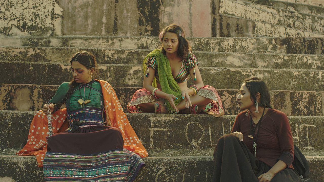 La Saison des femmes : Photo Radhika Apte, Surveen Chawla, Tannishtha Chatterjee