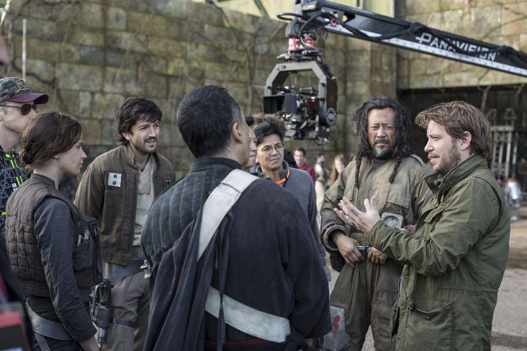 Rogue One: A Star Wars Story : Photo Diego Luna, Donnie Yen, Felicity Jones, Gareth Edwards (II), Jiang Wen