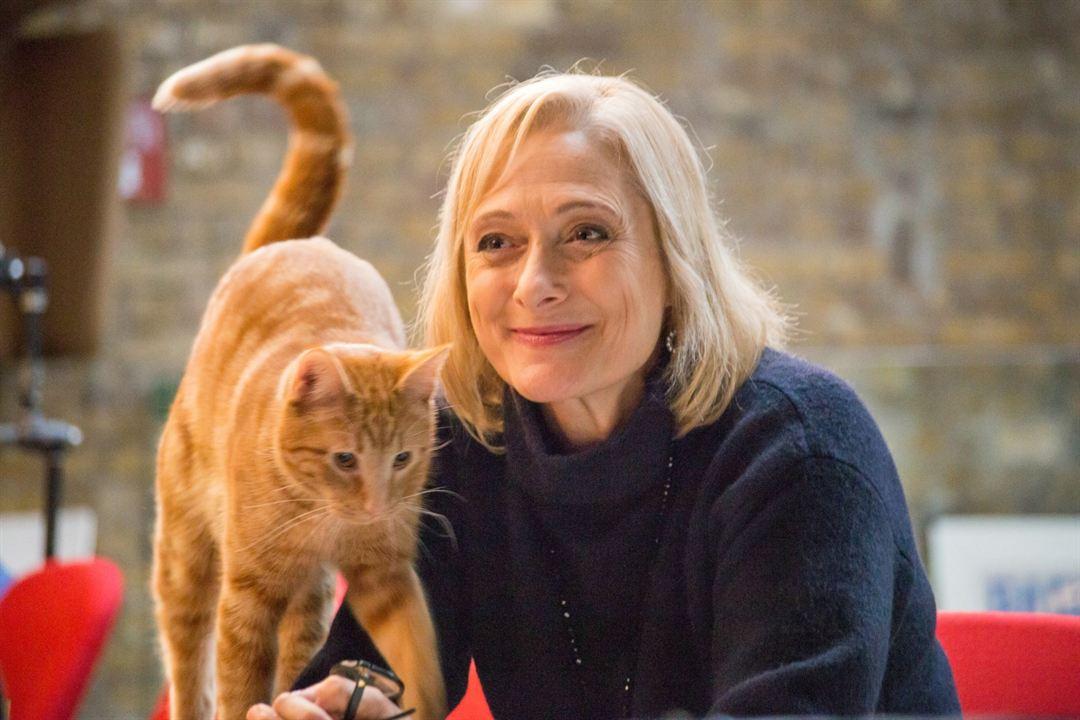 A Street Cat Named Bob : Photo Caroline Goodall