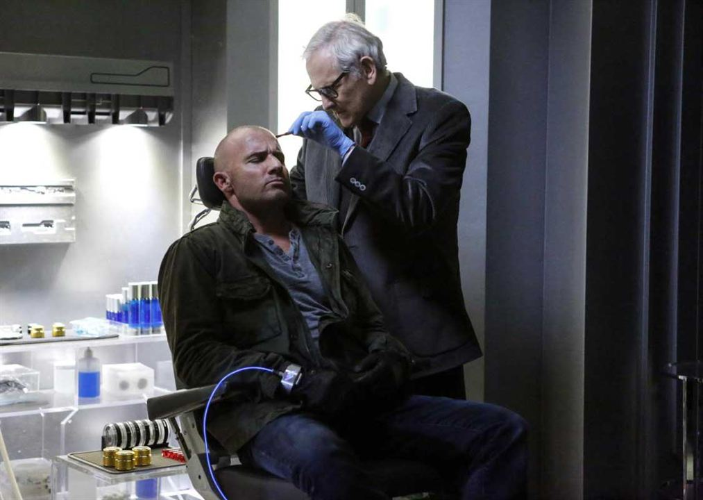 Photo Dominic Purcell, Victor Garber