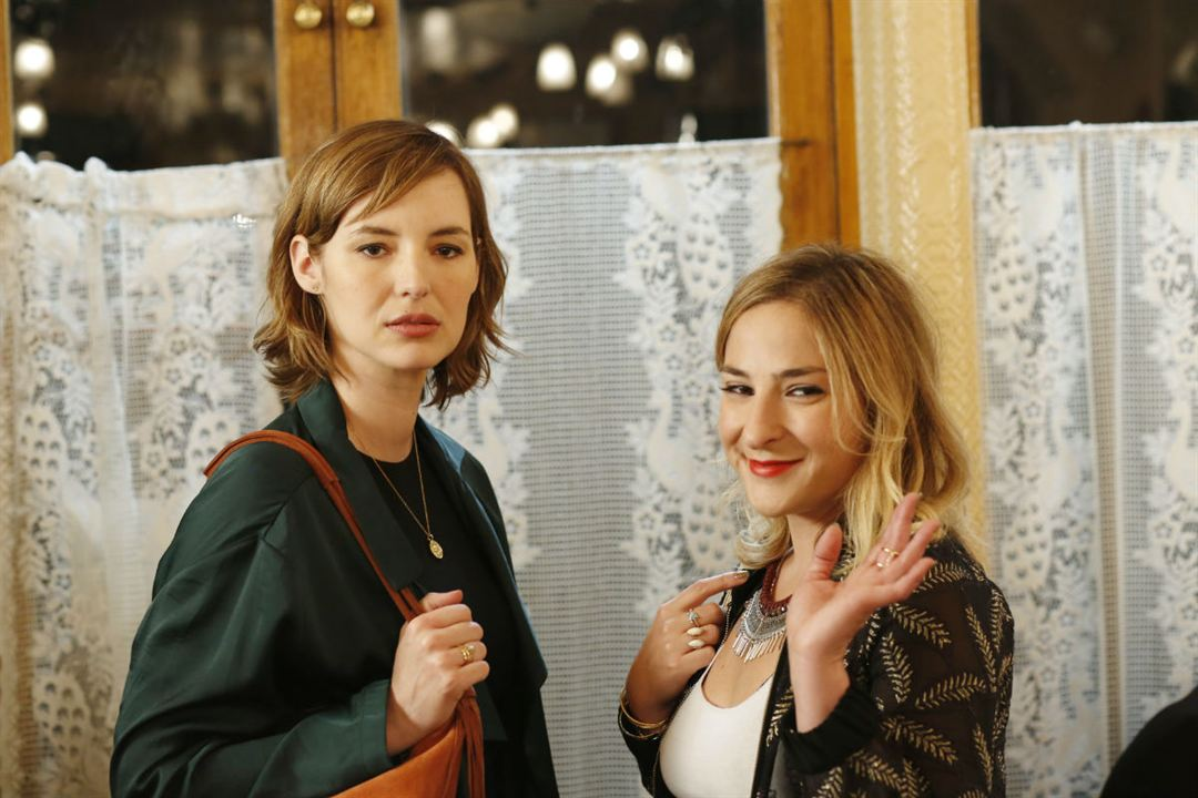 Sous le même toit : Photo Louise Bourgoin, Marilou Berry