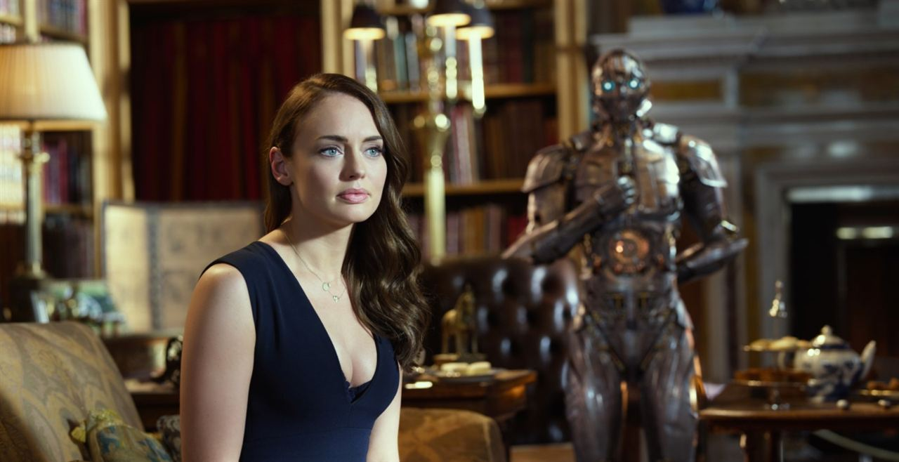 Transformers: The Last Knight : Photo Laura Haddock