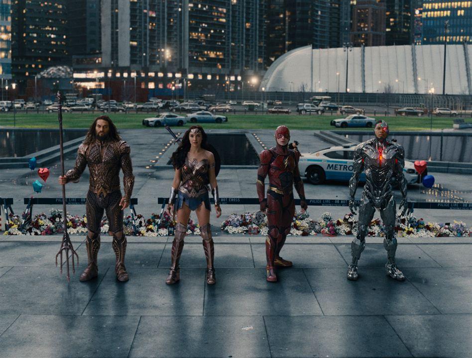 Justice League : Photo Ezra Miller, Gal Gadot, Jason Momoa, Ray Fisher