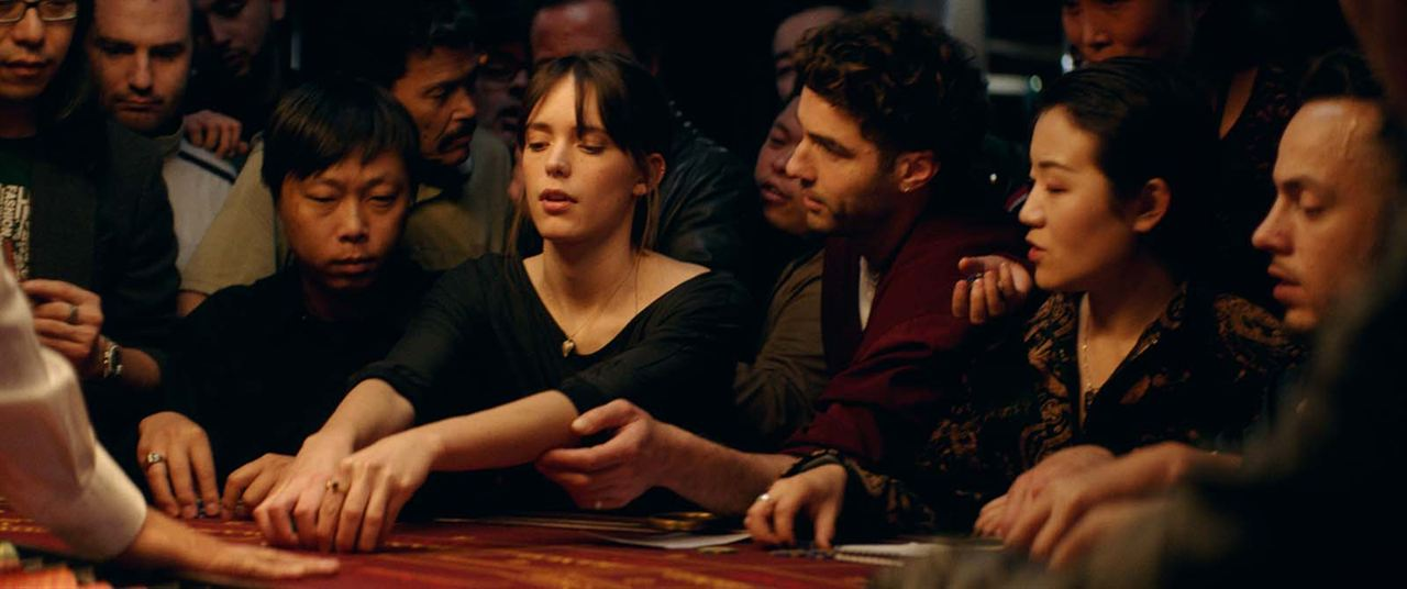 Joueurs : Photo Stacy Martin, Tahar Rahim