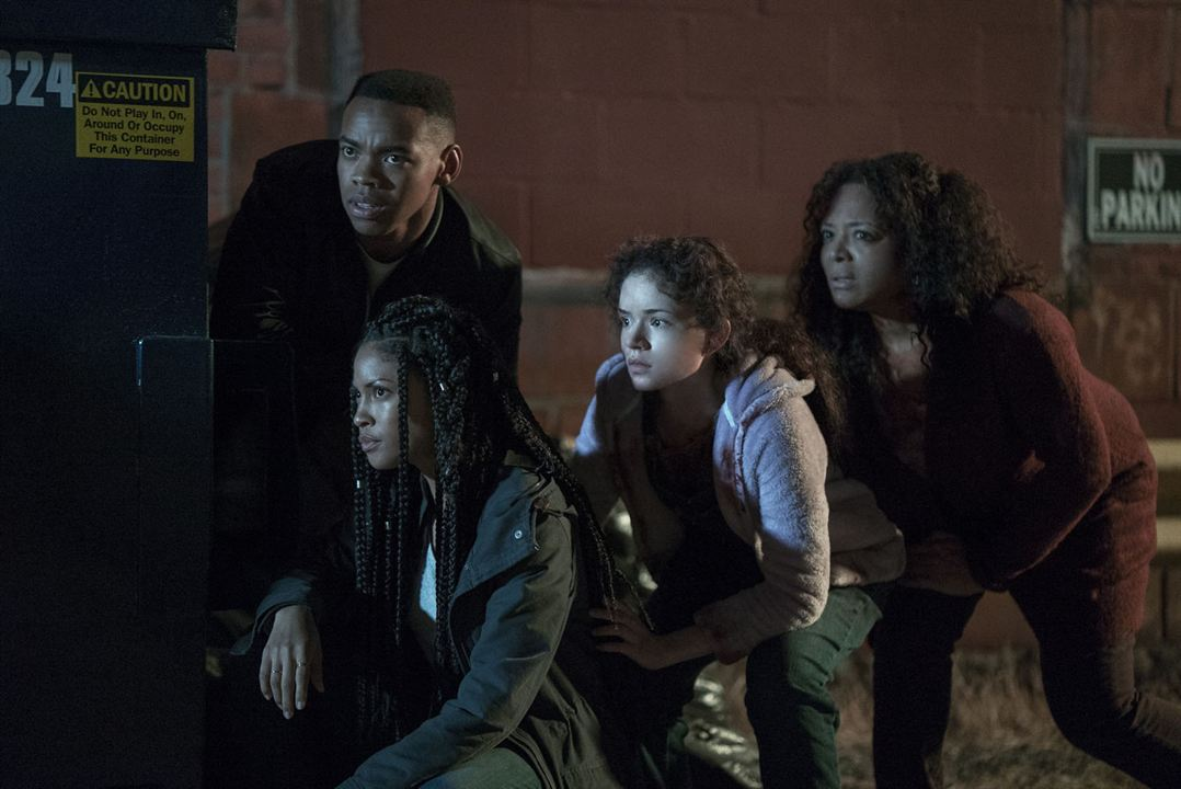 American Nightmare 4 : Les Origines : Photo Joivan Wade, Kristen Solis, Lex Scott Davis, Luna Lauren Velez