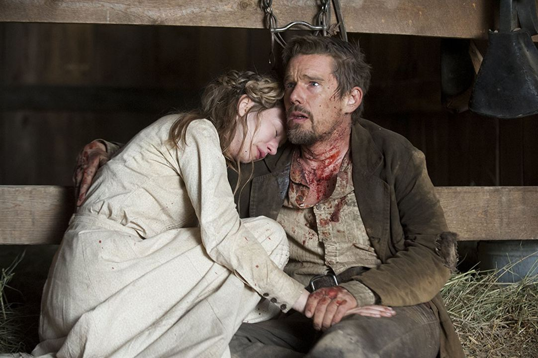 In A Valley Of Violence : Photo Ethan Hawke, Taissa Farmiga