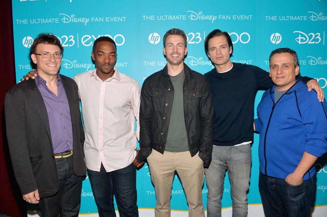 Captain America, le soldat de l'hiver : Photo promotionnelle Anthony Mackie, Anthony Russo, Chris Evans, Joe Russo, Sebastian Stan