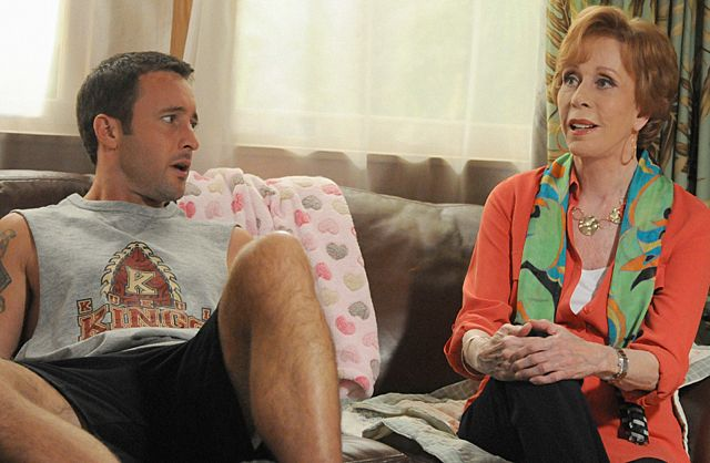 Photo Alex O'Loughlin, Carol Burnett