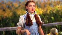 Le Magicien d'Oz : la mythique robe de Judy Garland retrouvée... dans une poubelle !