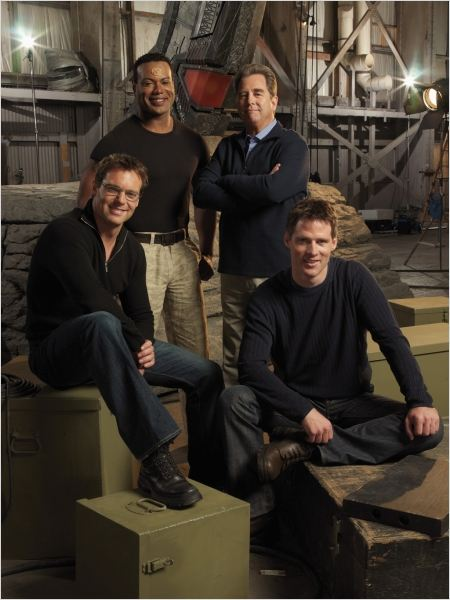 Stargate SG-1 : photo Beau Bridges, Ben Browder, Christopher Judge, Michael Shanks