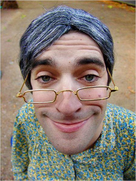 Samantha oups photo 14 sur 16 allocine - Samantha oups sur le banc ...