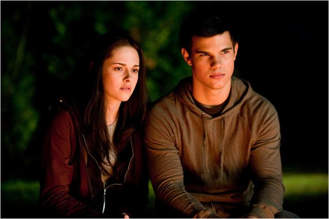 Twilight - Chapitre 3 : hésitation : photo David Slade, Kristen Stewart, Taylor Lautner