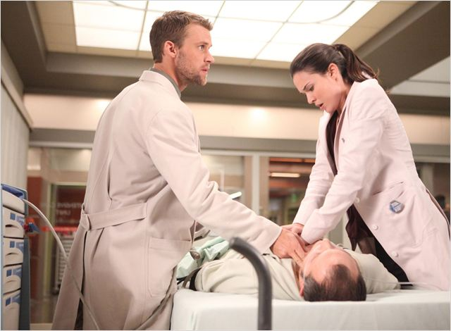 Dr House : photo Jesse Spencer, Odette Annable