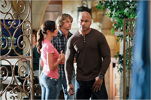 Photo Daniela Ruah, Eric Christian Olsen, LL Cool J