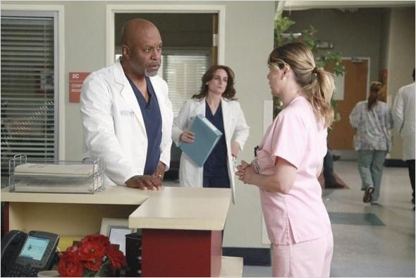 Photo Ellen Pompeo, James Pickens Jr.