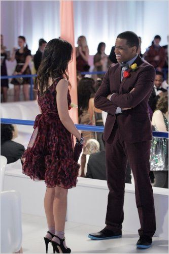 Photo Shenae Grimes, Tristan Wilds