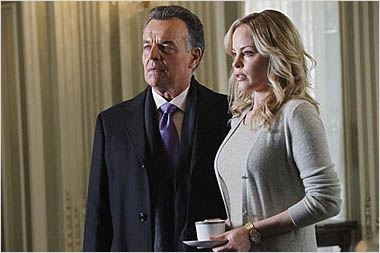 Castle : photo Chandra West, Ray Wise