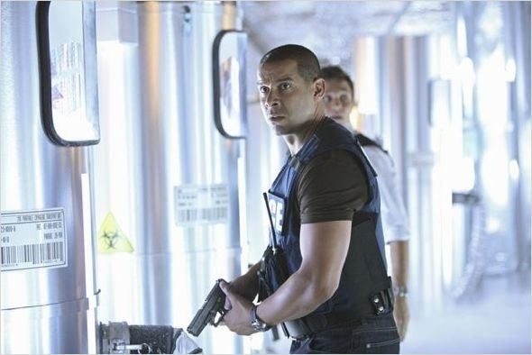 Castle : photo Jon Huertas, Seamus Dever