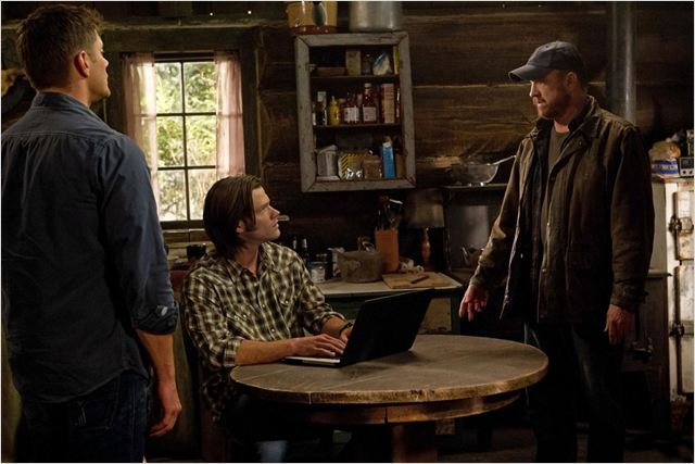 Supernatural : photo Jared Padalecki, Jensen Ackles, Jim Beaver