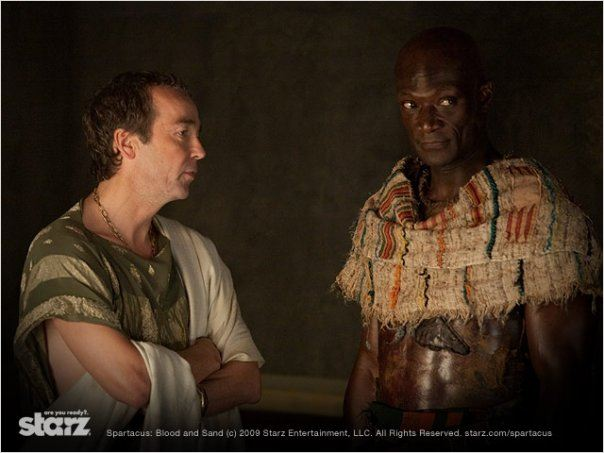 Spartacus : Le sang des gladiateurs : Photo John Hannah, Peter Mensah