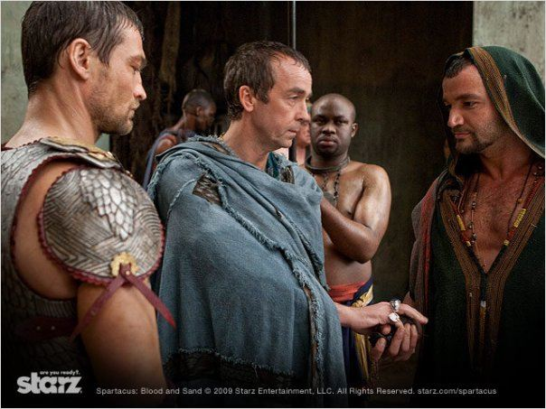 Spartacus : Le sang des gladiateurs : photo Andy Whitfield, John Hannah, Nick Tarabay