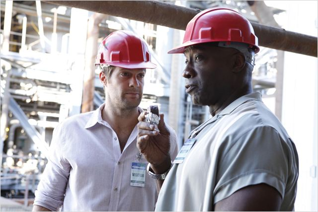 The Finder : photo Geoff Stults, Michael Clarke Duncan