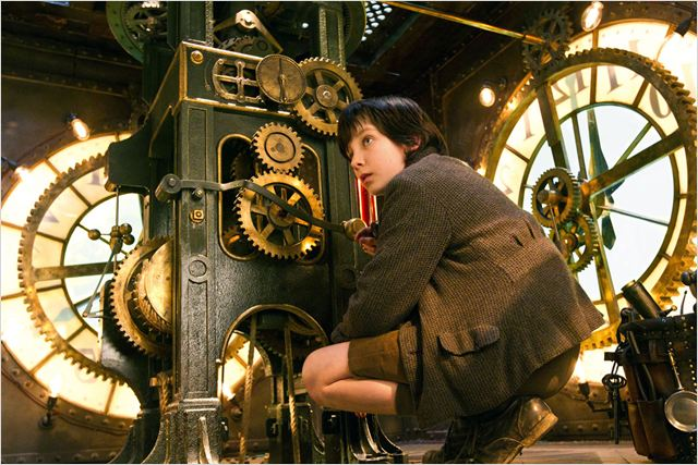 Hugo Cabret : photo Asa Butterfield, Martin Scorsese
