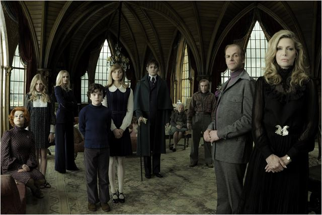 Dark Shadows : Photo Bella Heathcote, Chlo&#235; Grace Moretz, Eva Green, Gulliver McGrath, Helena Bonham Carter