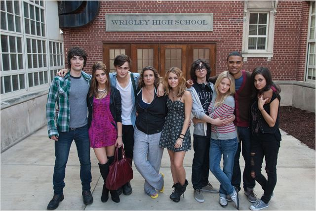 LOL USA : Photo Adam G. Sevani, Ashley Greene, Ashley Hinshaw, George Finn, Lina Esco