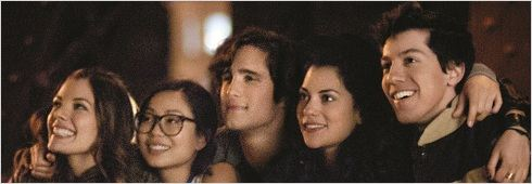Underemployed : photo Diego Boneta, Inbar Lavi, Jared Kusnitz, Michelle Ang, Sarah Habel