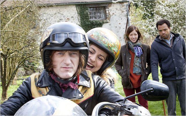 Denis : Photo Audrey Dana, Fabrice Eboué, Jean-Paul Rouve, Sara Giraudeau