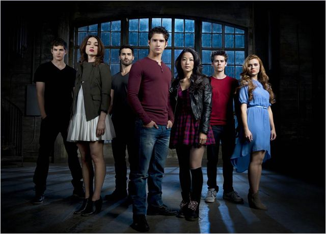 Photo Arden Cho, Crystal Reed, Daniel Sharman, Dylan O'Brien, Holland Roden