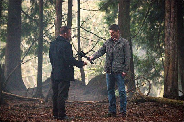 Photo de jensen ackles dans la s rie supernatural photo 119 sur 585 allocin - Jensen ackles taille ...