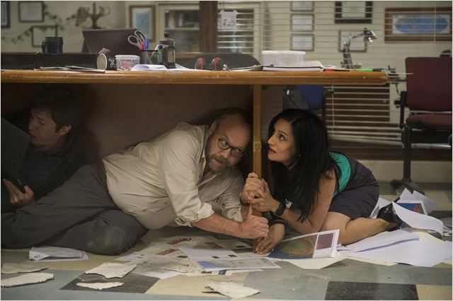 San Andreas : Photo Archie Panjabi, Paul Giamatti