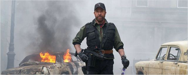 "Chuck Norris promet ""1000 ans de ténèbres"" en cas de réélection d'Obama [VIDEO]"