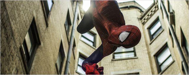 """""""The Amazing Spider-Man 2"""" s'offre des nouvelles photos renversantes et électrisantes !"""