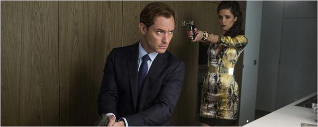 King Arthur : Jude Law menaçant sur une nouvelle photo du film