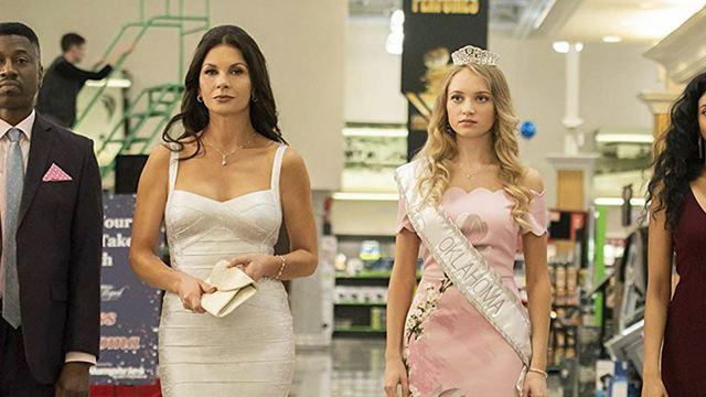 Queen America : que vaut la série Facebook Watch qui signe le grand comeback de Catherine Zeta-Jones ?