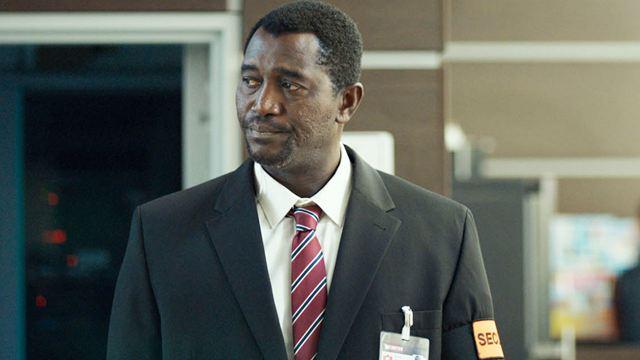 Walter : qui est Issaka Sawadogo, le vigile qui mène la vie dure à Alban Ivanov ?
