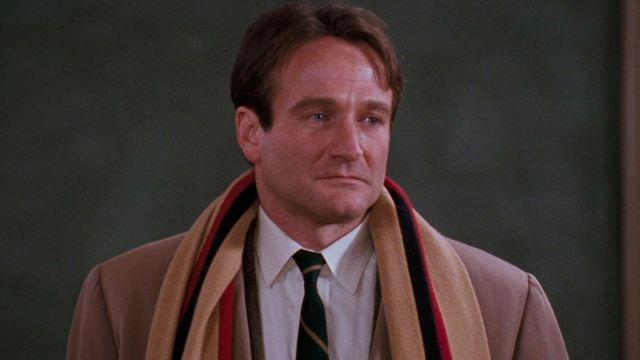 Le Cercle des poètes disparus sur Chérie 25 : Liam Neeson et Mel Gibson auraient pu être John Keating