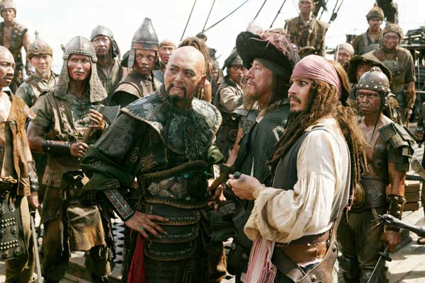 Pirates des Caraïbes : Jusqu'au Bout du Monde : Photo Chow Yun-Fat, Geoffrey Rush, Johnny Depp