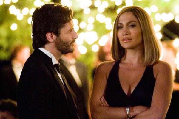 Jennifer Lopez (à droite)