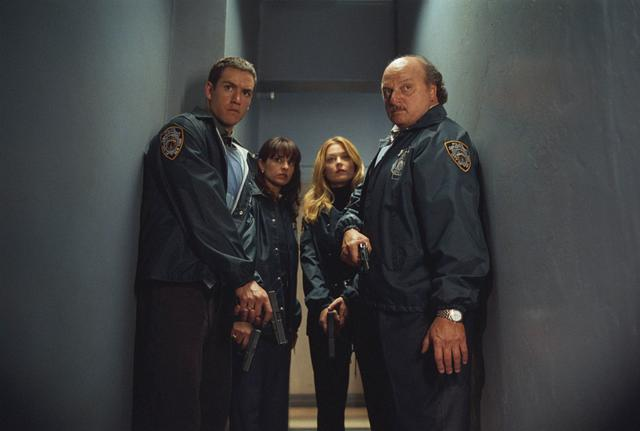 New York Police Blues : Photo Charlotte Ross, Dennis Franz, Jacqueline Obradors, Mark-Paul Gosselaar