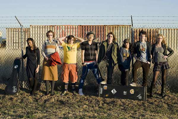 College Rock Stars : Photo Aly Michalka, Charlie Saxton, Elvy Yost, Gaelan Connell, Ryan Donowho