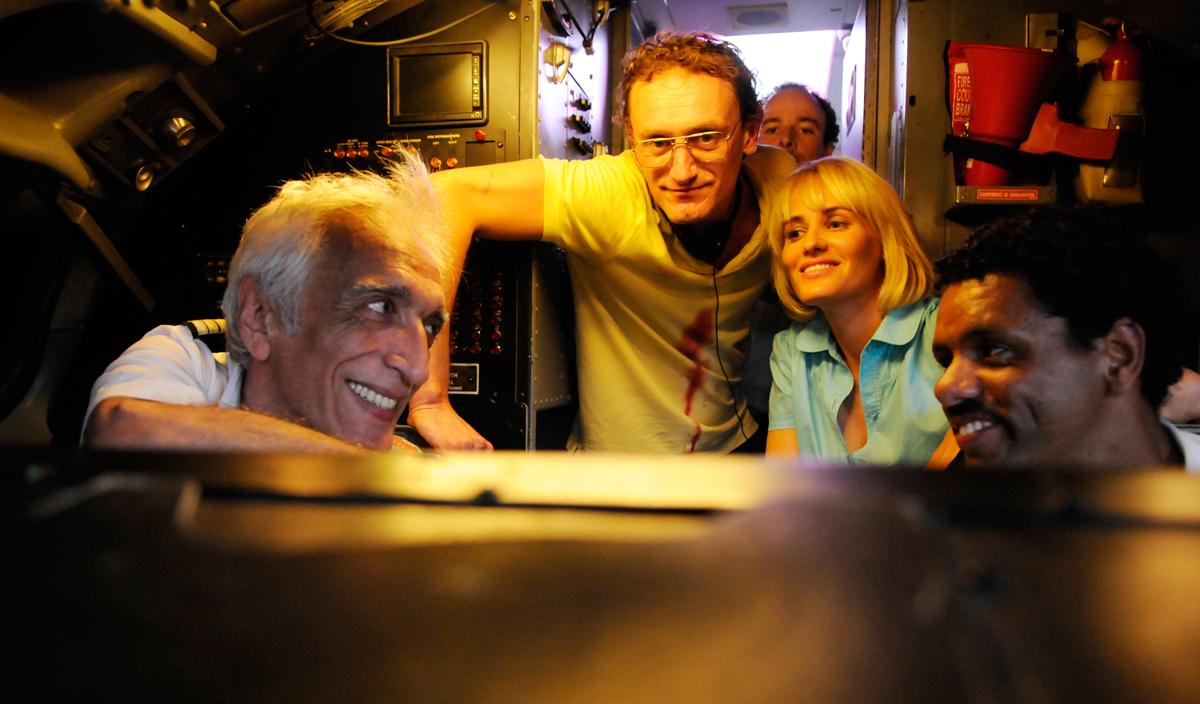Low Cost : Photo Gérard Darmon, Jean-Paul Rouve, Judith Godrèche, Maurice Barthélémy