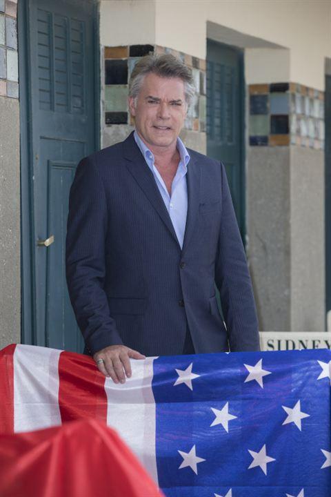 Main sur le drapeau