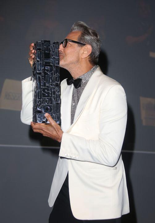 Le bisou de Jeff Goldblum a son prix hommage