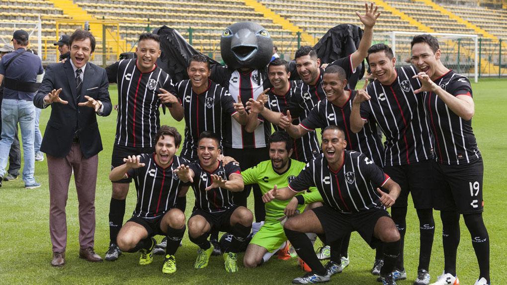 17 juin : Club de Cuervos Presents : La Balada de Hugo Sanchez saison 1