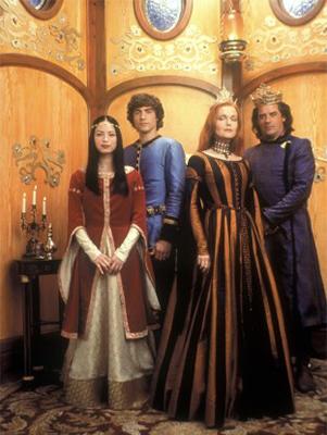 Blanche-Neige: Kristin Kreuk, Miranda Richardson, Tom Irwin, Tyron Leitso